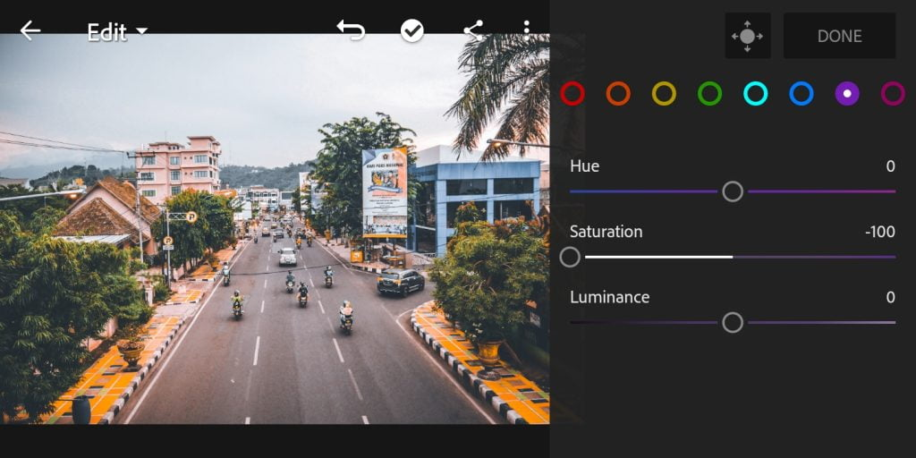 Gambar mengatur mix warna jingga di Lightroom Mobile