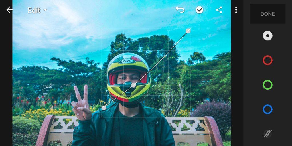 Gambar editing curve pencahayaan foto efek Brandon Woelfel di lightroom  mobile